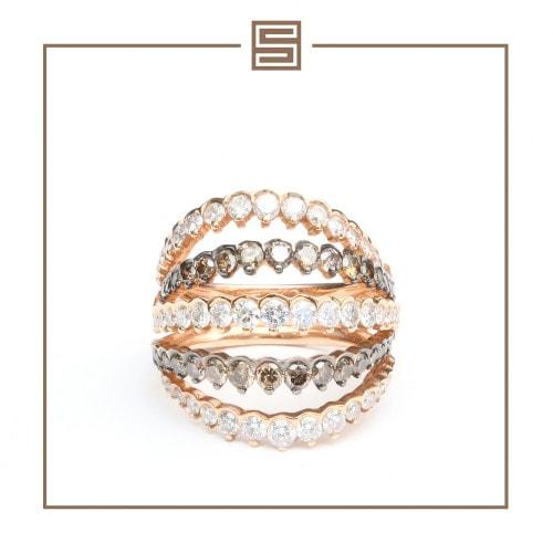 Anel em ouro rosa com diamantes Brown.